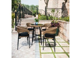 Garden Seat With Light Round And Elegant Table
