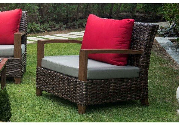 Large And Comfortable Garden Set Made Of Rattan