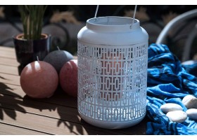 A Basket Shape Candle Holder