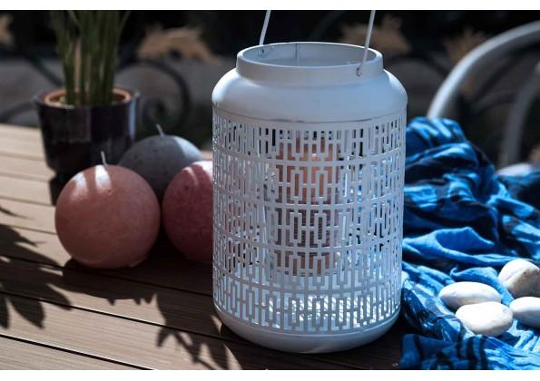 A Basket Shape Candle Holder
