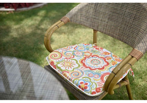 Elegant Cushion