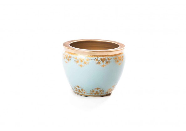 Pot With Nice Decorative Engraves And Golden Edges
