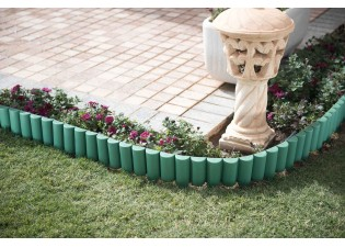 حاجز لتحديد وحماية النباتات