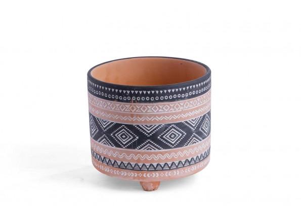مركن صناعة يدوية من مادة الطين مزخرف بألوان